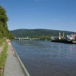 Neckar Ufer Heidelberg Wehrsteg Ernst-Walz-Brücke