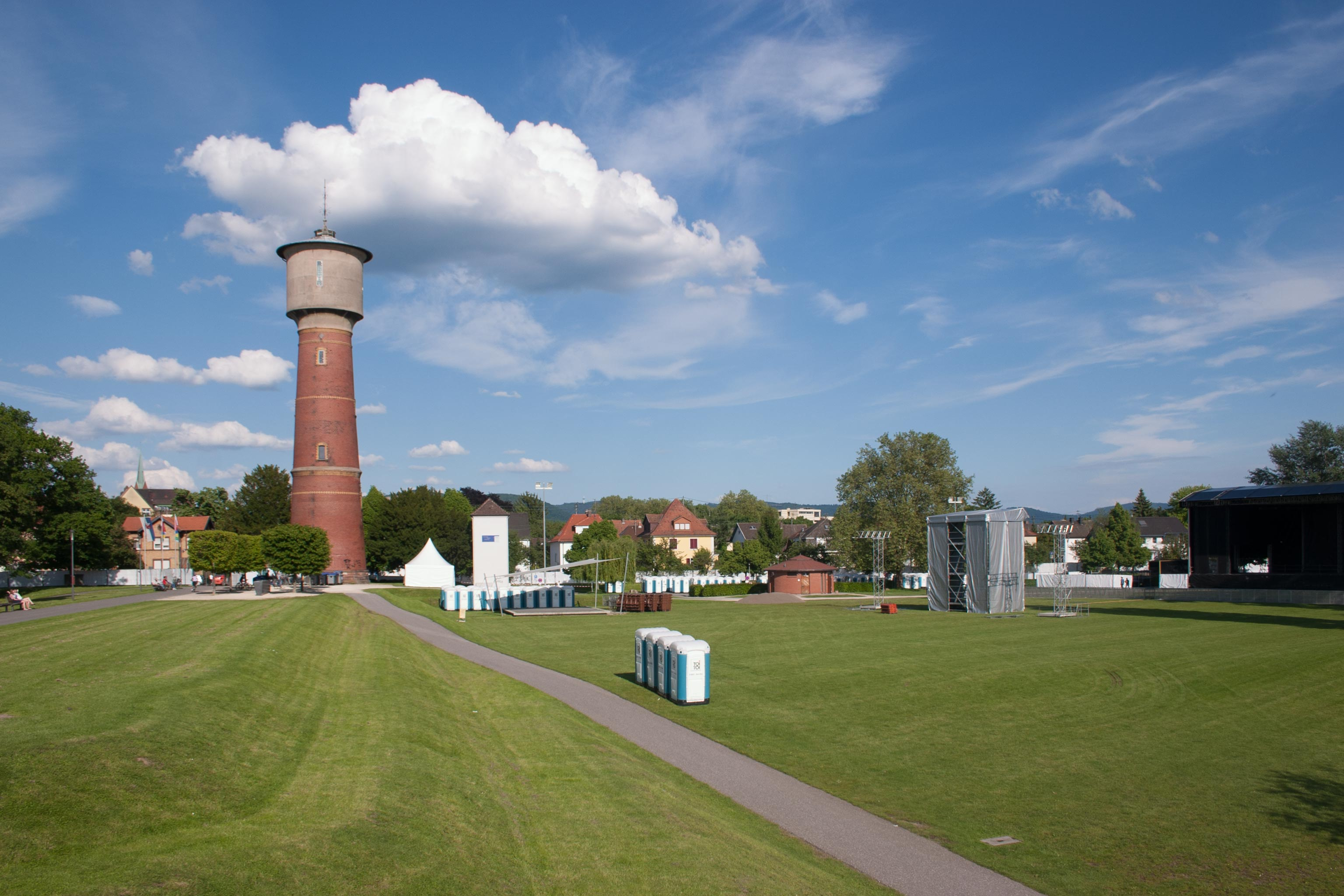 Neckar Ufer Ladenburg Wasserturm